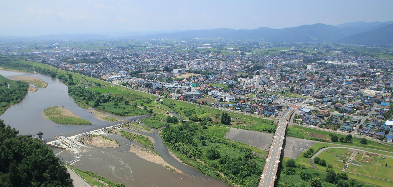 長井市全景
